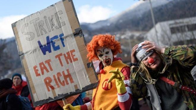 Dünyanın en zengin 2.153 kişisinin serveti 4,6 milyar kişinin servetinden fazla