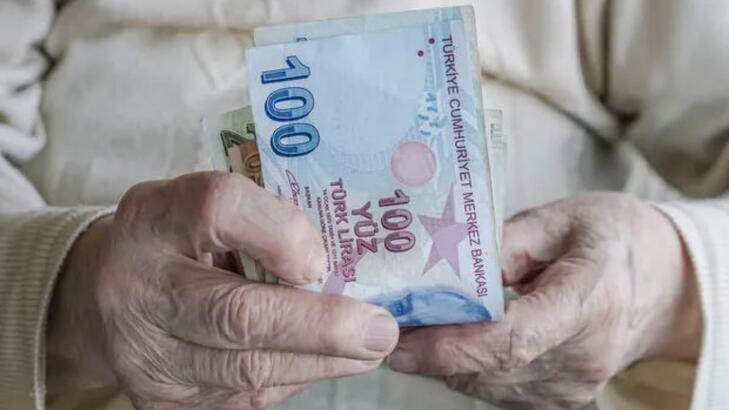 Emeklilerin bayram ikramiyeleri ödenmeye başlıyor