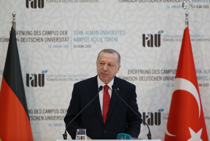 Erdoğan: Uluslararası toplumun Suriye'de düştüğü hataya Libya'da düşmemesini diliyoruz