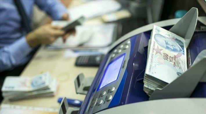 Fransız bankası TL işlemlerini durdurdu