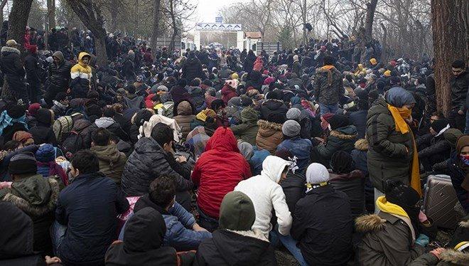 Göç İdaresi, mültecilerin kuruma ait araçlarla ücretli taşındığı iddialarını yalanladı