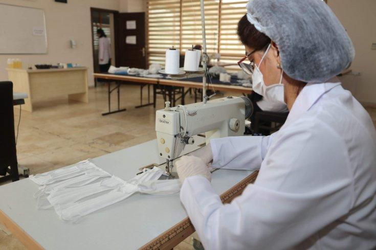 Hatay Büyükşehir Belediyesi maske üretimine başladı