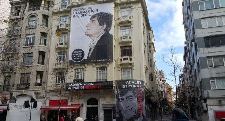 Hrant Dink, öldürülüşünün 13. yılında vurulduğu yerde anıldı