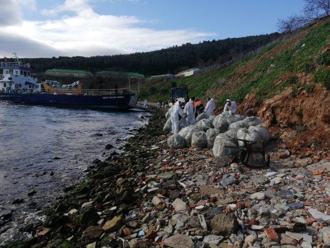 İBB Adalar'ı temizledi: Büyükada'dan 25 bin ton çöp toplandı