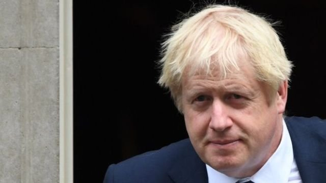 İngiltere Başbakanı Johnson'ın yoğun bakımda oksijen tedavisi gördüğü açıklandı