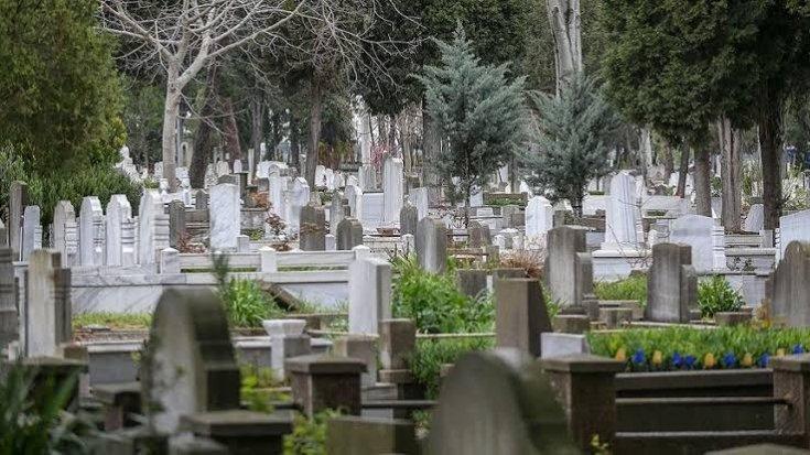 İstanbul'da 20 yıl sonra mezar yeri kalmayacak
