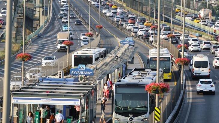 İstanbul'da toplu taşıma araçlarının kullanım oranı düştü