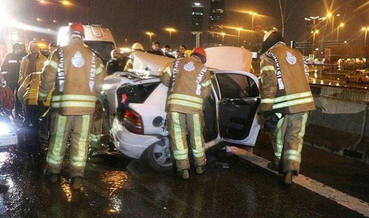 İstanbul'da zincirleme kaza! 1 ölü, 3 yaralı