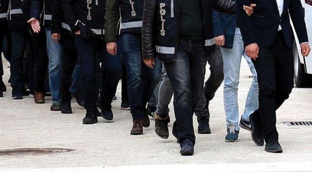 İzmir merkezli 6 ilde FETÖ operasyonu: 7 eski polis tutuklandı