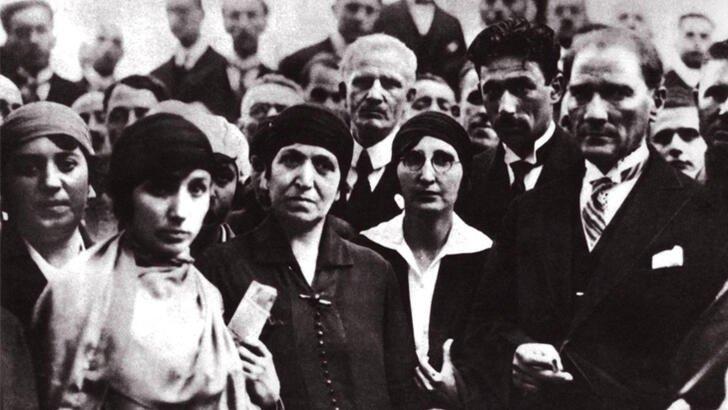 Kadınlara seçme ve seçilme hakkı verilmesinin 86. yılı