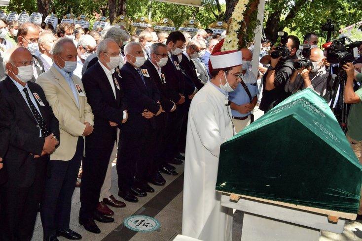 Kılıçdaroğlu, Murtaza Çelikel'in cenazesine katıldı