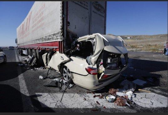 Konya-Ankara yolunda feci kaza: 5 ölü