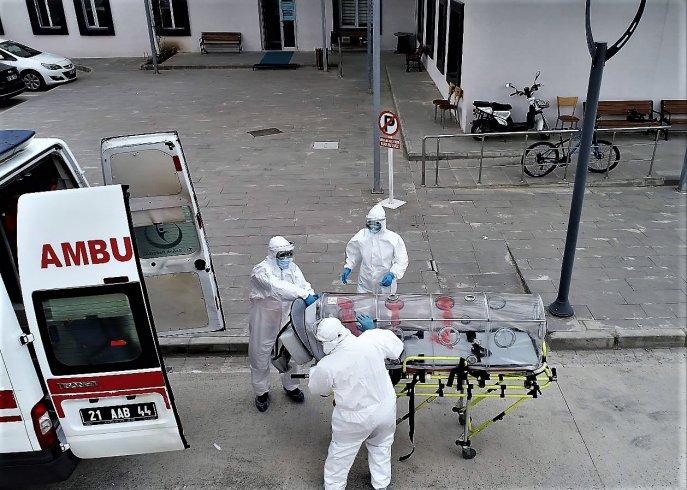 'Koronavirüs ve grip birlikteliği ölüm riskini yüzde 30 artırıyor'
