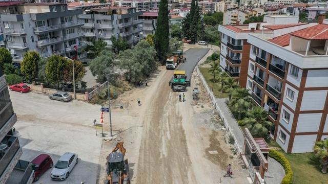 Kuşadası'nda  230 bin metrekarelik asfalt çalışması başladı