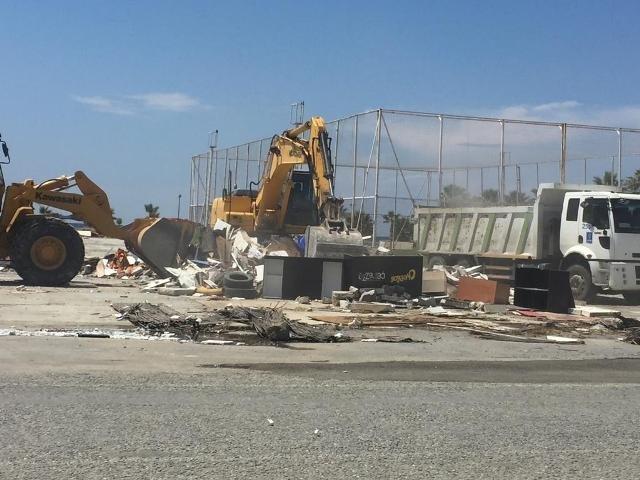 Kuşadası'ndan 6 kaçak yapı yıkıldı, 524 yapı mühürlendi