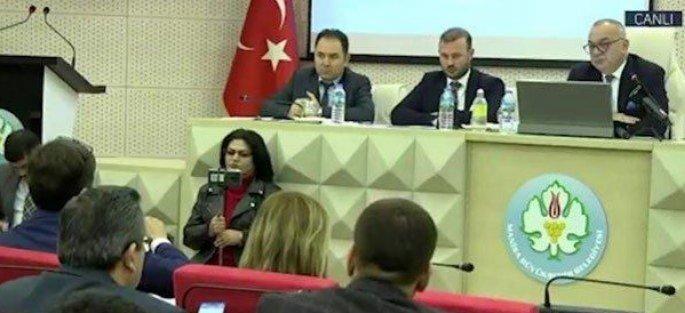 MHP'li başkandan AKP'li üyenin önerisine sert yanıt: Bana kanunsuz iş yaptıramazsınız