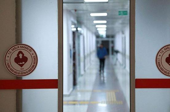 Okullarda çalışan personel eğitim almadan karantina hastanesinde görevlendirildi: 'Bizi ölüme gönderiyorlar'