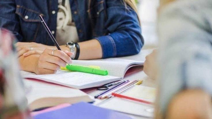 'Özel okullar 3 haftadan az olmamak kaydıyla yüz yüze telafi eğitimi yapacak'