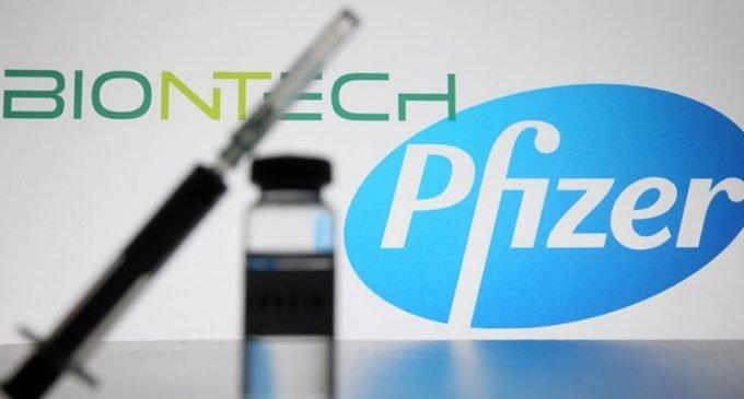 Pfizer ve BioNTech, koronavirüs aşısının piyasa onayı için Avrupa İlaç Ajansı'na başvuru yaptı