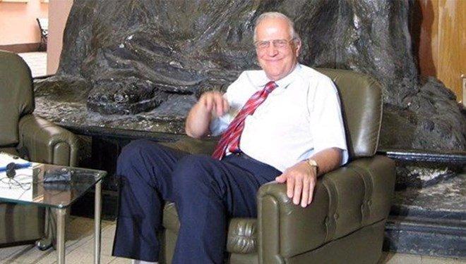 Prof. Dr. Ali Ülkü Azrak koronavirüs nedeniyle yaşamını yitirdi