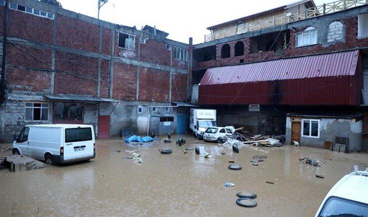 Rize Çayeli'nde sel felaketi: 2 kişi hayatını kaybetti
