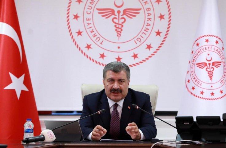 Sağlık Bakanı Koca'dan çocuklara koronavirüs mesajı: Kurallara uymayanları, 'okulumdan oluyorum' diyerek uyarın