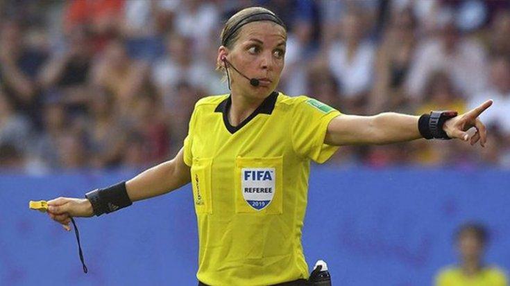 Şampiyonlar Ligi'nde ilk kez bir kadın maç yönetecek