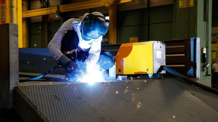 Sanayi üretimi yıllık yüzde 0.1 arttı