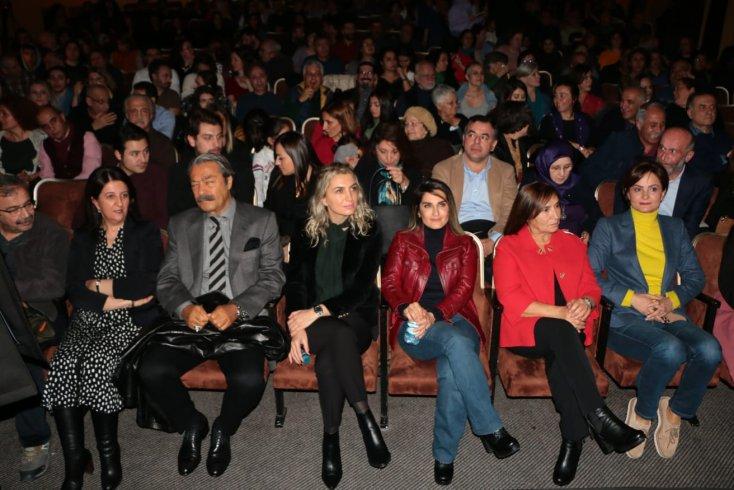 Selvi Kılıçdaroğlu, Başak Demirtaş, Dilek İmamoğlu ve Canan Kaftancıoğlu Selahattin Demirtaş'ın Devran'ını birlikte izledi