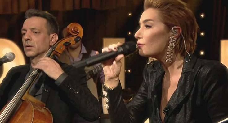 Sıla, sevgilisine şiddet uyguladığı iddialarının ardından Rubato'nun solisti Özer Arkun'la arkadaşlığını bitirdi