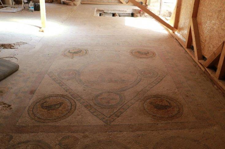 Sinop'taki kazılarda Bizans dönemine ait mozaikler bulundu