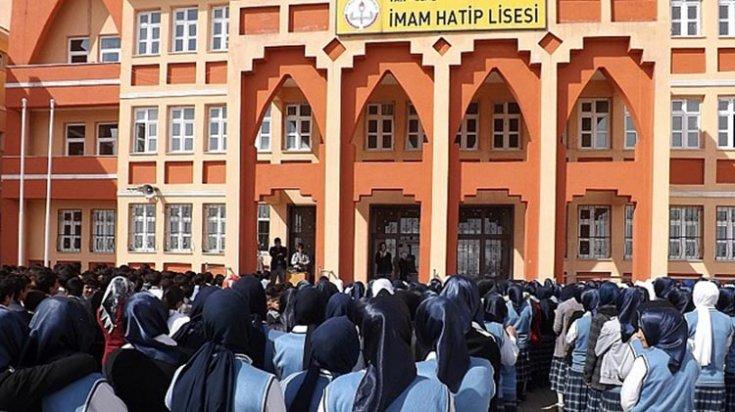 Son bir yılda 27 imam hatip açıldı; tercih eden öğrenci sayısı 2 bin azaldı