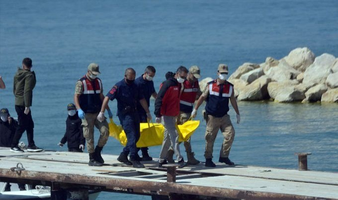 Van Gölü'nde batan teknede yaşamını yitirenlerin sayısı 10'a yükseldi