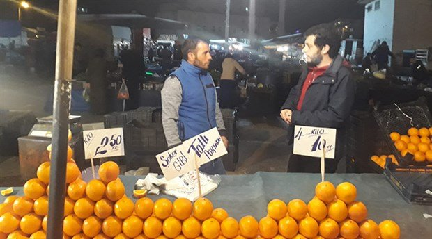 Yurttaştan 'Ucuza ürün almak için pazara akşam saatlerinde gidin' diyen Diyanet'e tepki: Lüks makam otosundan inmeyenler akıl veriyor