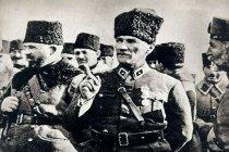 99 yıl önce bugün Mustafa Kemal Atatürk, Türk Orduları Başkomutanlığı'na seçildi
