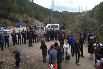 40 maden işçisi 3 gündür yerin 140 metre altında eylemde