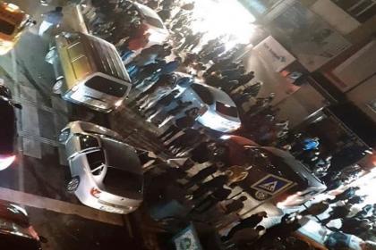 48 saatlik sokağa çıkma yasağı nedeniyle market ve fırınlara koşan halka sosyal medya'dan tepki yağdı