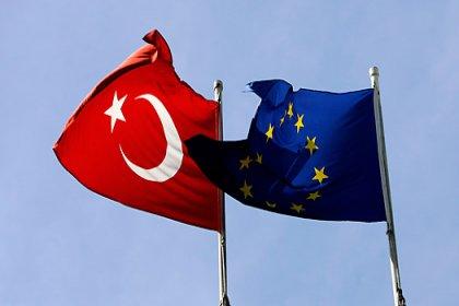 AB'den Türkiye'ye sığınmacılar için 485 milyon euro ek destek