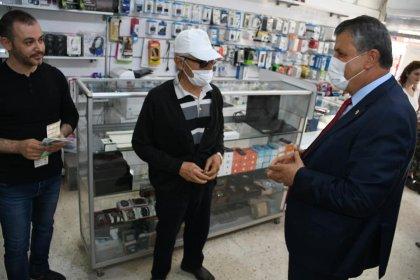 Adana'da 2,5 milyon maske CHP'nin desteğiyle dağıtılıyor