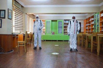 Adana'da okullar dezenfekte ediliyor
