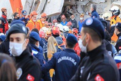 AFAD İzmir depreminde 100 vatandaşımızın hayatını kaybettiğini duyurdu