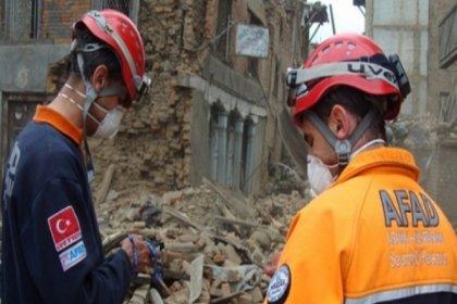 AFAD'dan İzmir depremine ilişkin açıklama: Depremde ilk bilgilere göre 1'i boğulma olmak üzere 12 vatandaşımız hayatını kaybetti, 419 vatandaşımız yaralandı