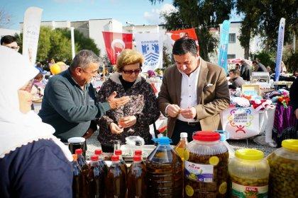 Ahmet Aras Mandalina Hasat Şenliği'nde