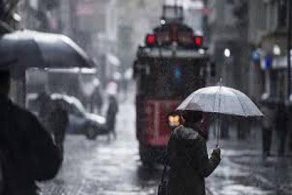 AKOM uyardı: Yağışlı hava çarşamba gününe kadar devam edecek