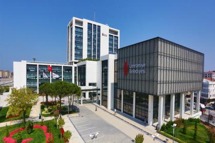 AKP'li belediye, vatandaşın parasıyla vakıf üniversitesine bina inşa etmiş