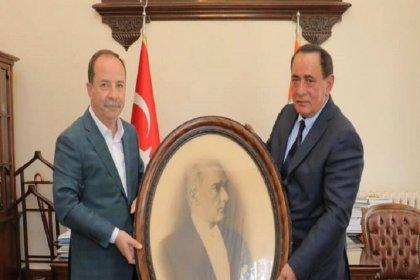 Alaattin Çakıcı'dan Edirne Belediye Başkanı Gürkan'a ziyaret