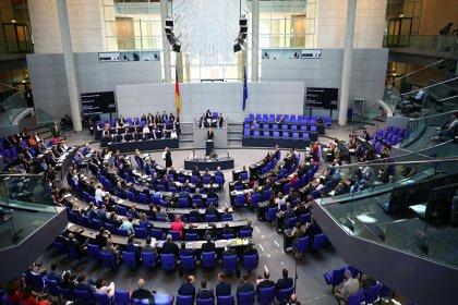Alman parlamentosundan Türkiye'ye silah ambargosu talebi