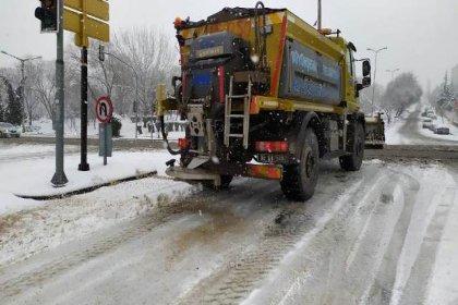 Ankara Büyükşehir Belediyesi'nde karla mücadele çalışmaları başladı
