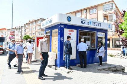 Ankara'da 45 Halk Ekmek Satış Büfesi yeni sahiplerine teslim edildi