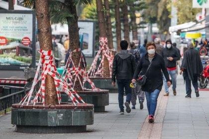 Antalya'da koronavirüs vaka oranı bir haftada iki katına çıktı, ek tedbirler alındı
